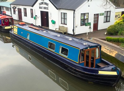 Narrowboat named Gooseander