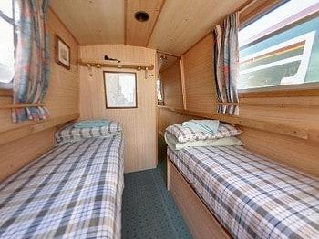 Alder twin cabin